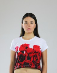 red-roses-crop-front